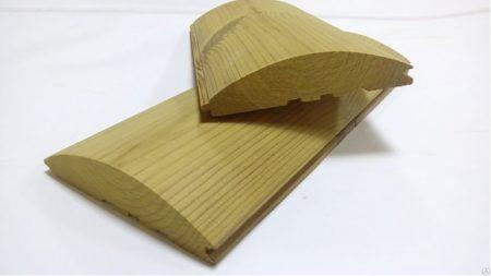блок хаус 2.png На начальном этапе производства древесина подвергается тщательной просушке под действием высоких температур, что существенно понижает коэффициент влажности в структуре материала и предотвращает развитие процесса деформации в готовом изделии. Помимо природной декоративности натуральный материал обладает низкой теплопроводностью, поэтому в доме, обшитом деревянным блок-хаусом, всегда будет тепло и уютно.